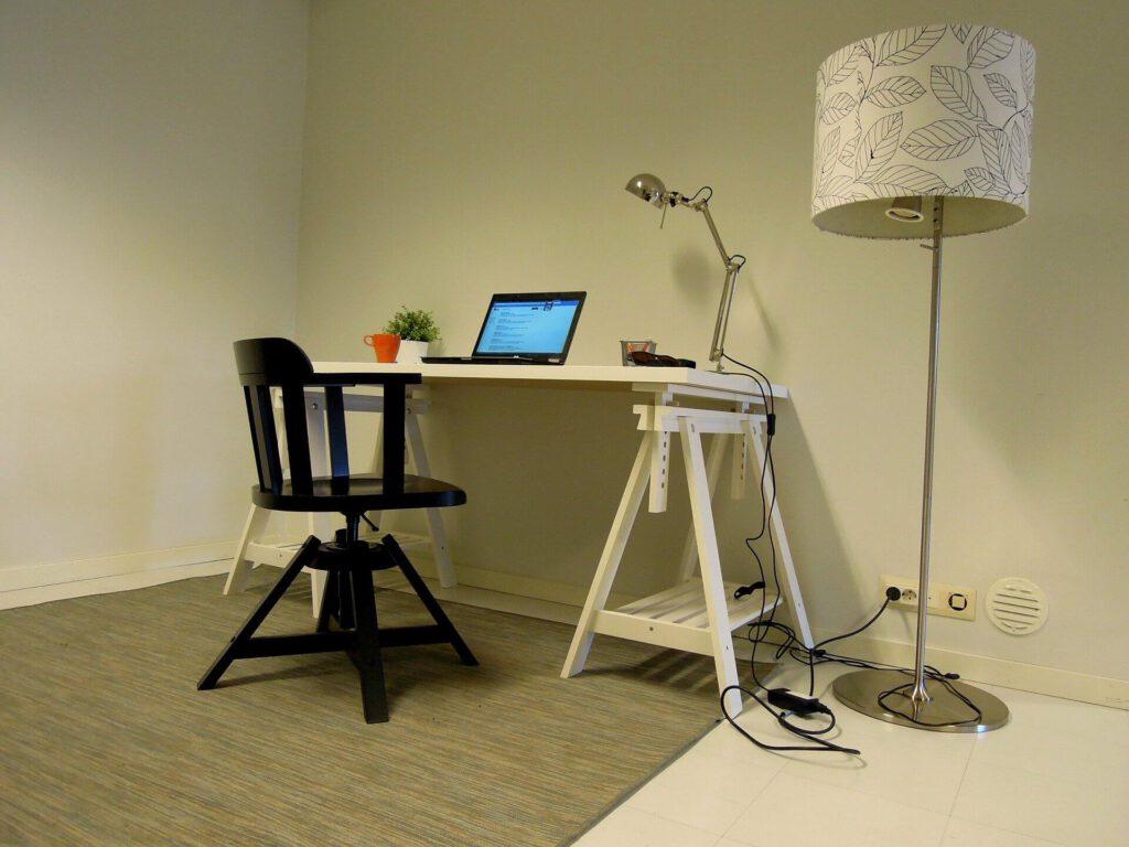 stoel voor bureau